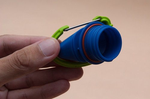Easy screw on cap with O-ring to prevent leakage
